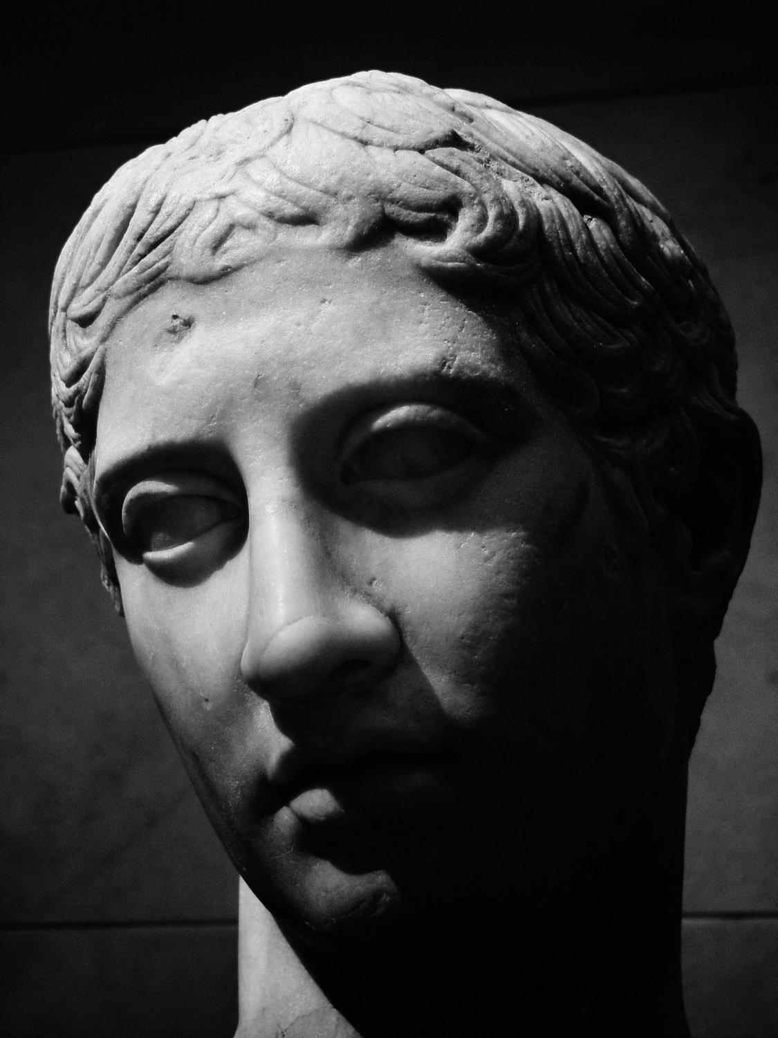 Greek statue # 2 - - Here, I've made it black and white and bumped the contrast. - Sony DMC-F707 - infrared - Metropolitan Museum New York City - Tony Karp, design, art, photography, techno-impressionist, techno-impressionism, aerial photography , drone , drones , dji , mavic pro , video , 3D printing - Books -