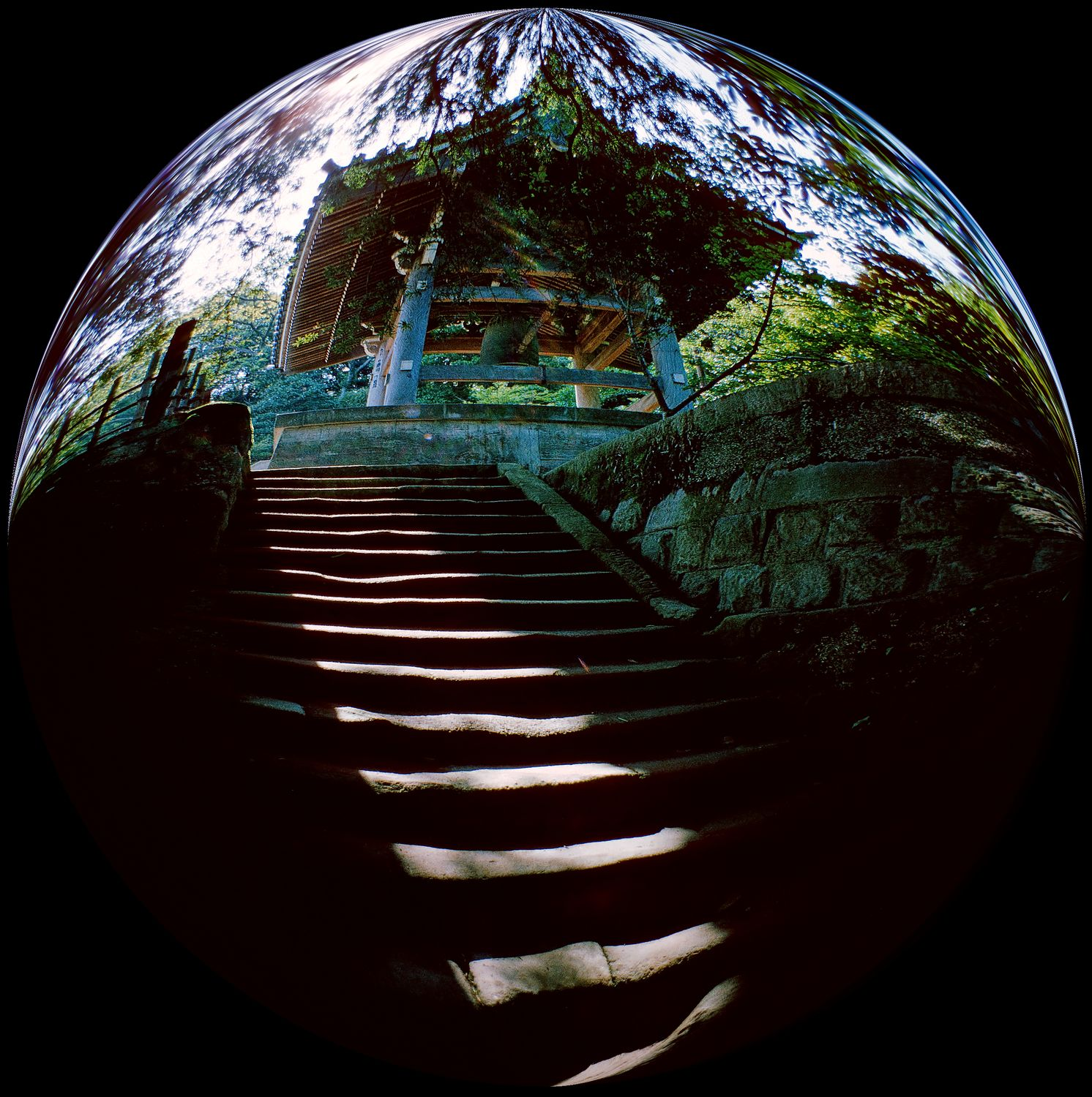 - In Kamakura, the steps lead out of the bubble -  Tony Karp's Bubble Pictures - From 1959 to 2013 - Tony Karp, design, art, photography, techno-impressionist, techno-impressionism, aerial photography , drone , drones , dji , mavic pro , video , 3D printing - Books -