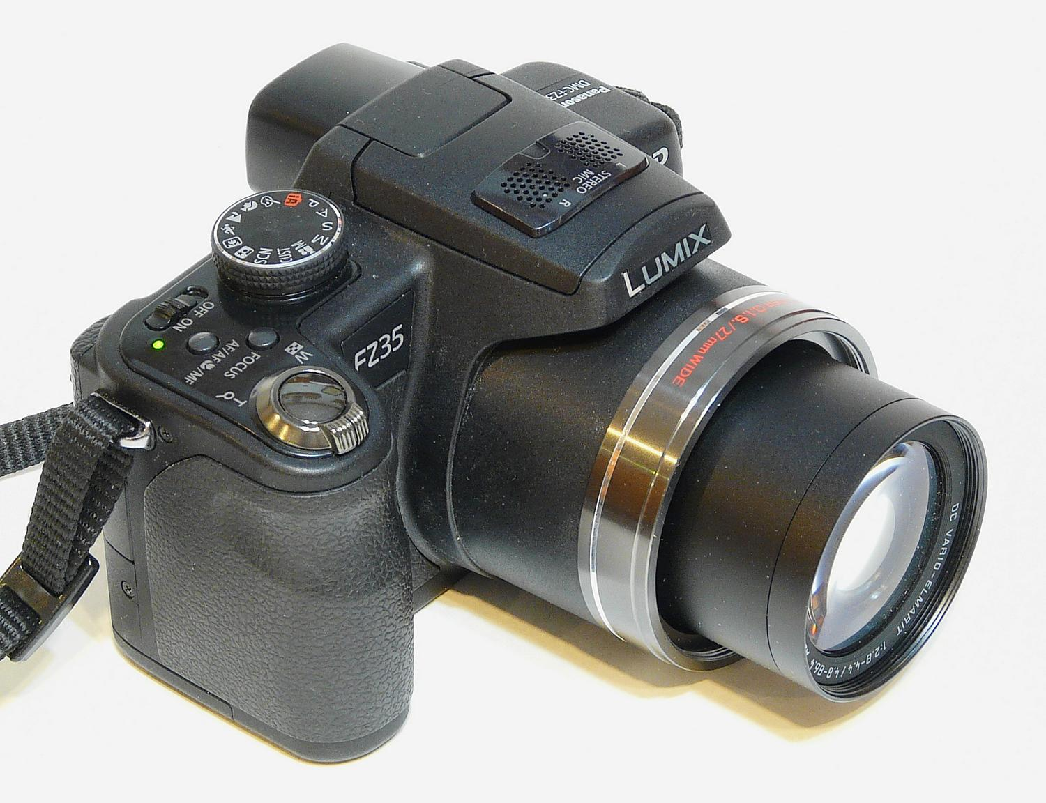 - At full telephoto setting, the FZ35's lens is exposed and vulnerable. - Panasonic DMC-FZ35 - - art  - photography - by Tony Karp