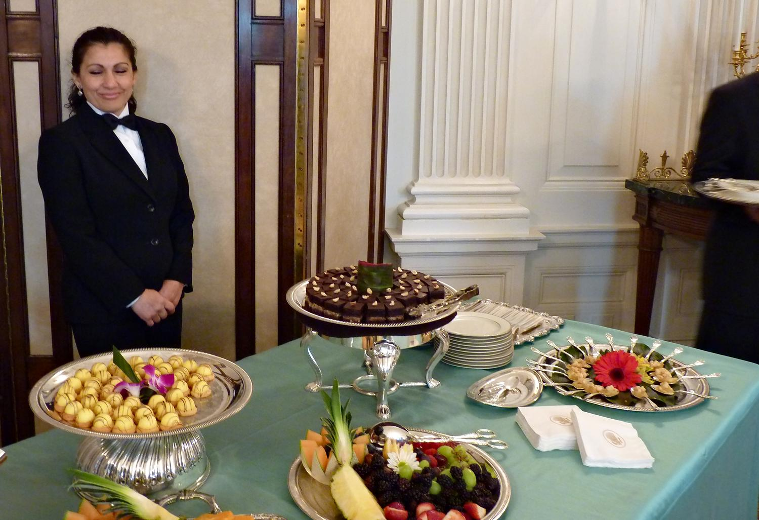 - This young lady is quite proud of the fancy sweets served at the White House. - Panasonic DMC-FZ35 - White House = President Barak Obama - Tony Karp, design, art, photography, techno-impressionist, techno-impressionism, aerial photography , drone , drones , dji , mavic pro , video , 3D printing - Books -