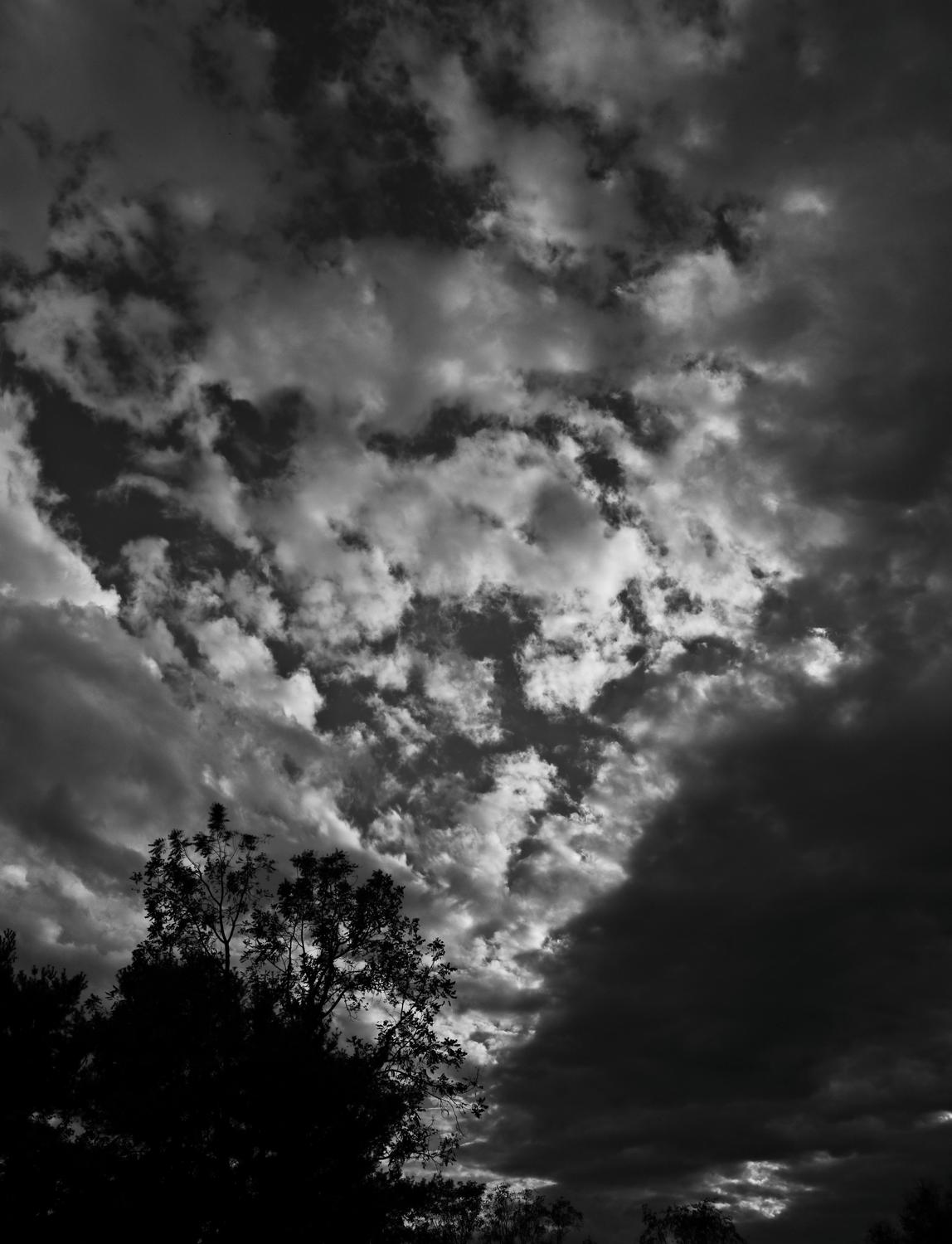 - Clouds at sunset in black and white - vertical panorama <br>--- Click to see ORIGINAL --- - Panasonic DMC-ZS20 - Tony Karp, design, art, photography, techno-impressionist, techno-impressionism, aerial photography , drone , drones , dji , mavic pro , video , 3D printing - Books -